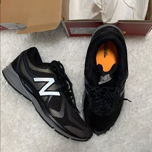 New Balance Size 10 New With Box Reflective